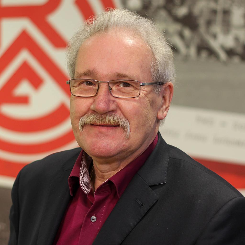 Hans-Peter Schöneweiß – Rot-Weiss Essen