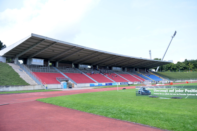 Am Freitag treffen die Rot-Weissen im Sportpark Nord auf den Bonner SC. (Foto: Tillmann)