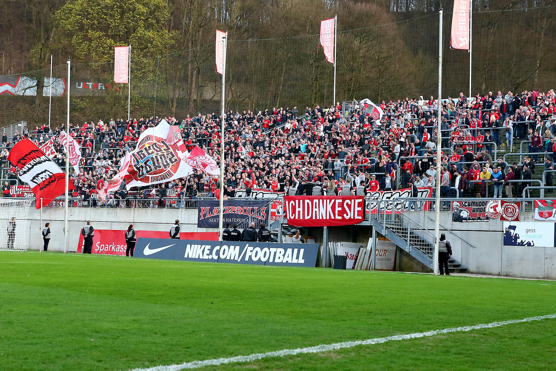 Am Sonntag treffen die Rot-Weissen auf den Wuppertaler SV. (Foto: Endberg)