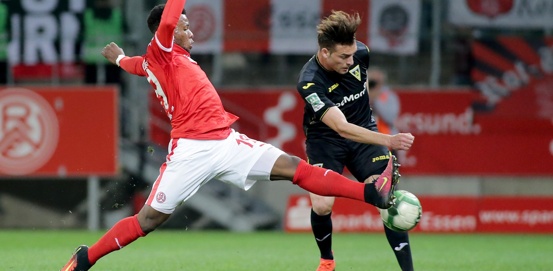 In der vergangenen Spielzeit mussten die Rot-Weissen gegen die Alemannia zwei Niederlagen einstecken. (Foto: Endberg)