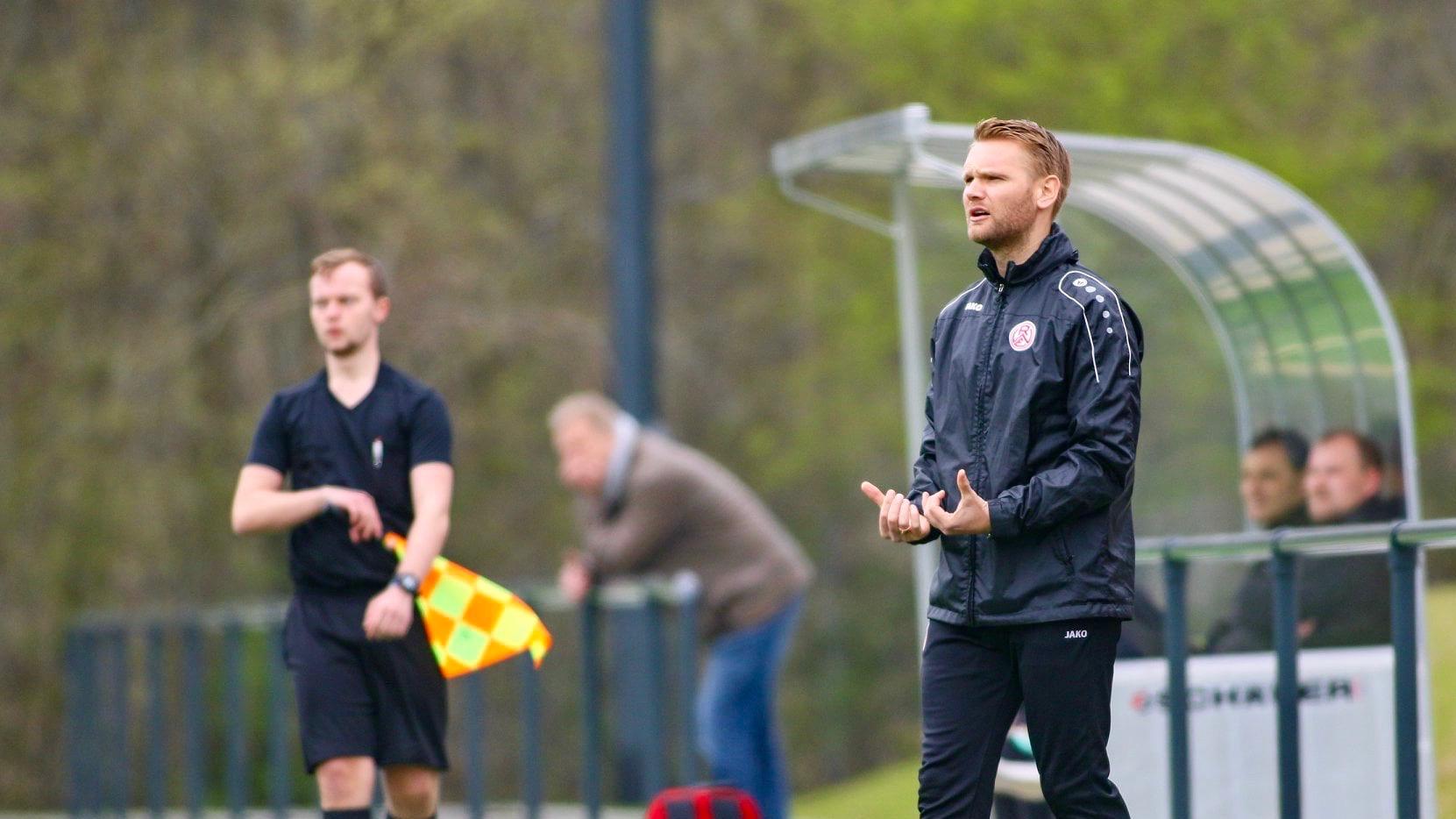 """Wir haben gezeigt, dass wir fußballerisch in der Bundesliga mithalten können."""" Simon Hohenberg sah trotz der Niederlage gute Ansätze. (Foto: Breilmannswiese)"""