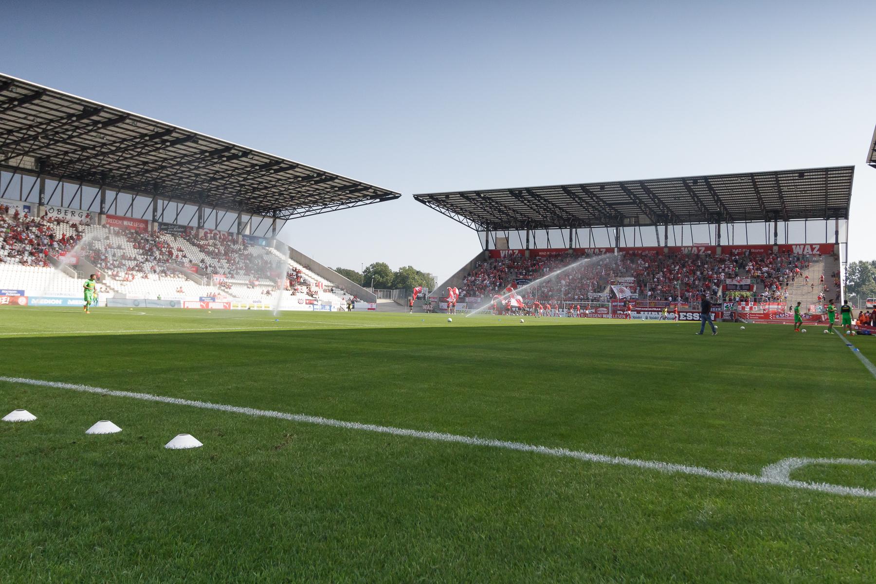 Am Dienstag geht es für die rot-weisse U17 im Derby gegen Oberhausen.