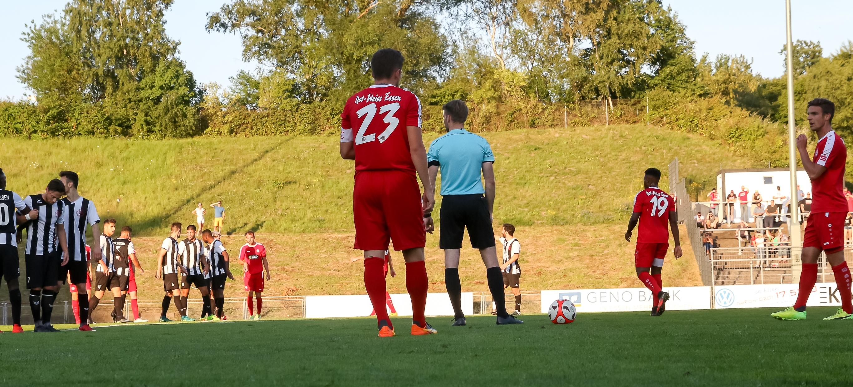 Bei der U21 des 1. FC Köln gewannen die Rot-Weissen mit 2:1. (Foto: Endberg)