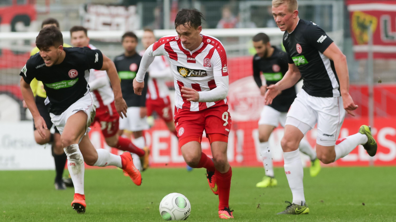 In der vergangenen Saison siegten die Rot-Weissen an der Hafenstraße mit 2:0. (Foto: Endberg)