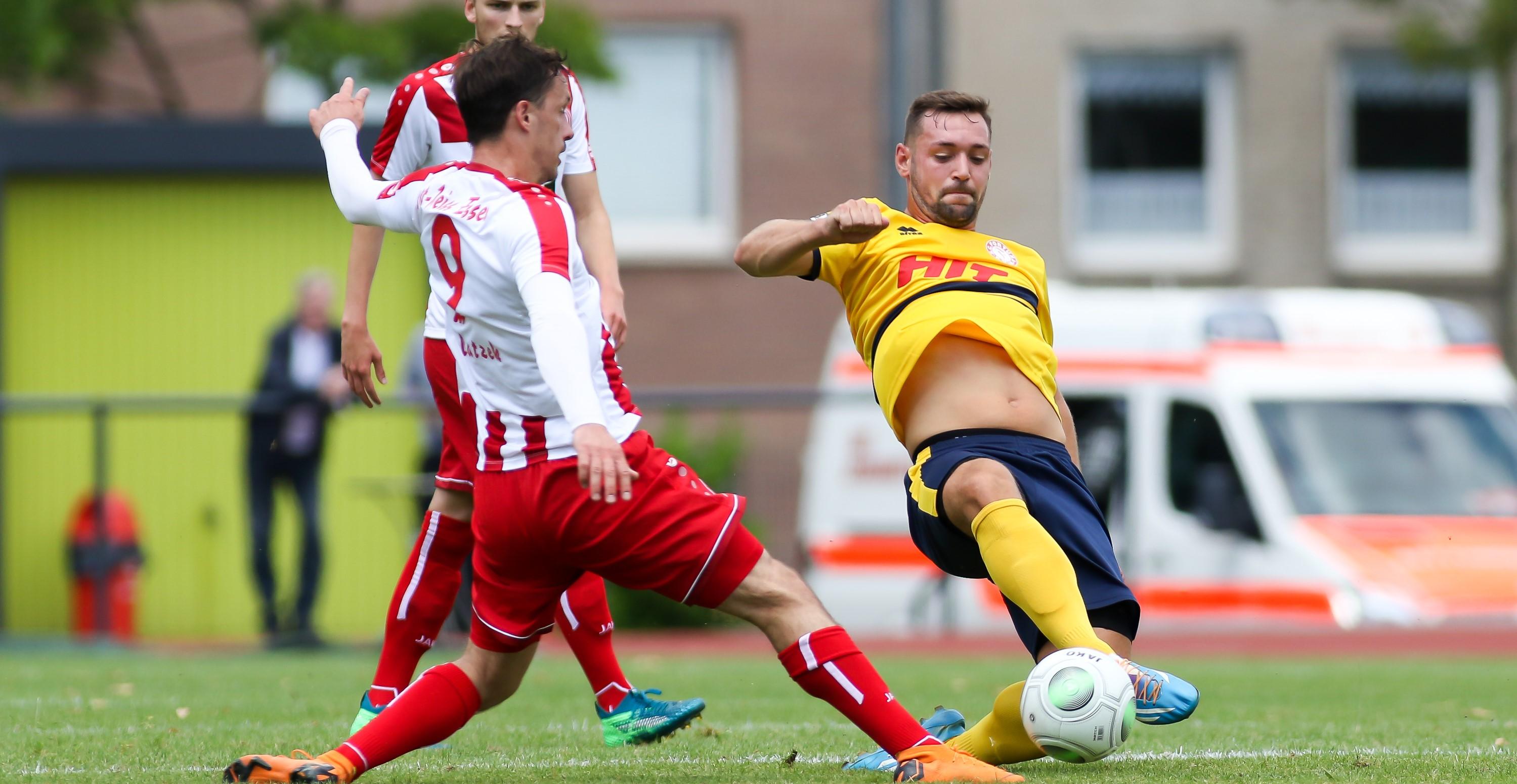 Im zweiten Testspiel der Vorbereitung unterlagen die Rot-Weissen dem SSV Jeddeloh mit 0:1. (Foto: Endberg)