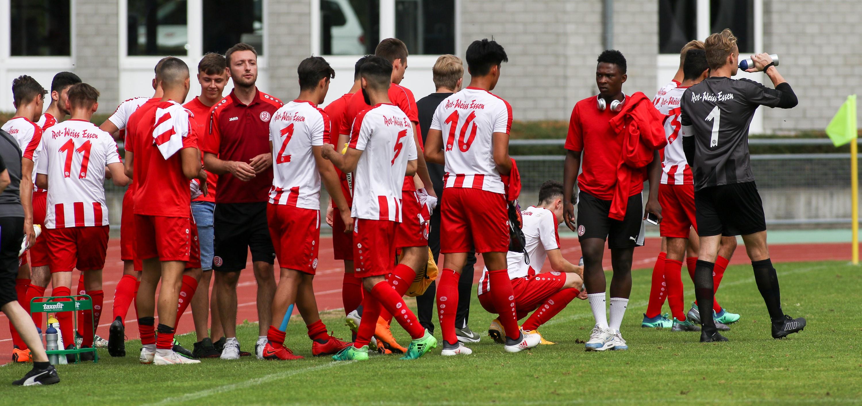 Zum Auftakt der Junioren-Bundesliga-Saison trennten sich die Rot-Weissen 2:2 vom SC Paderborn. (Foto: Endberg)