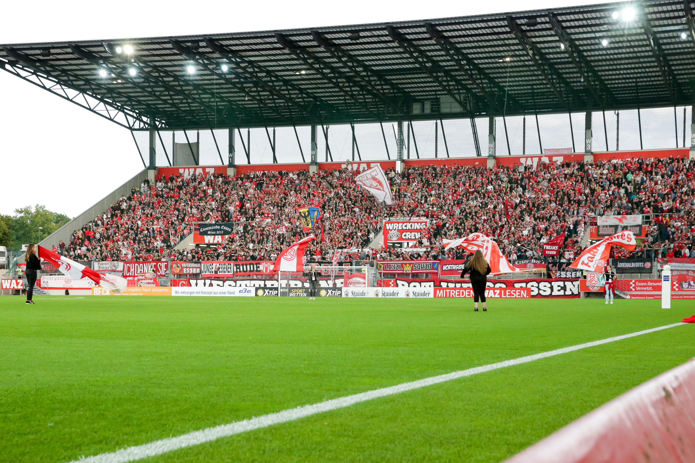 Am Samstag treffen die Rot-Weissen auf den SV Rödinghausen. (Foto: Endberg)