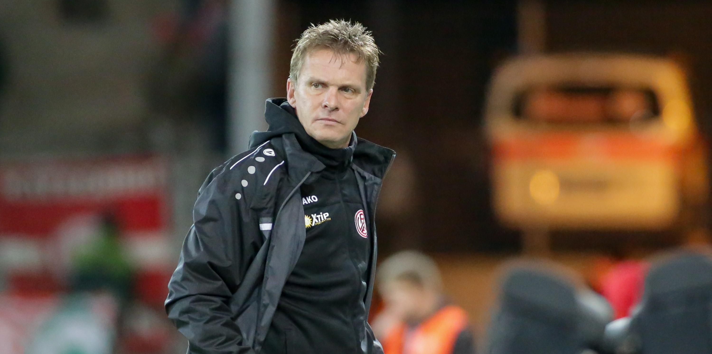Chef-Trainer Karsten Neitzel vor der Partie gegen Viktoria Köln. (Foto: Endberg)