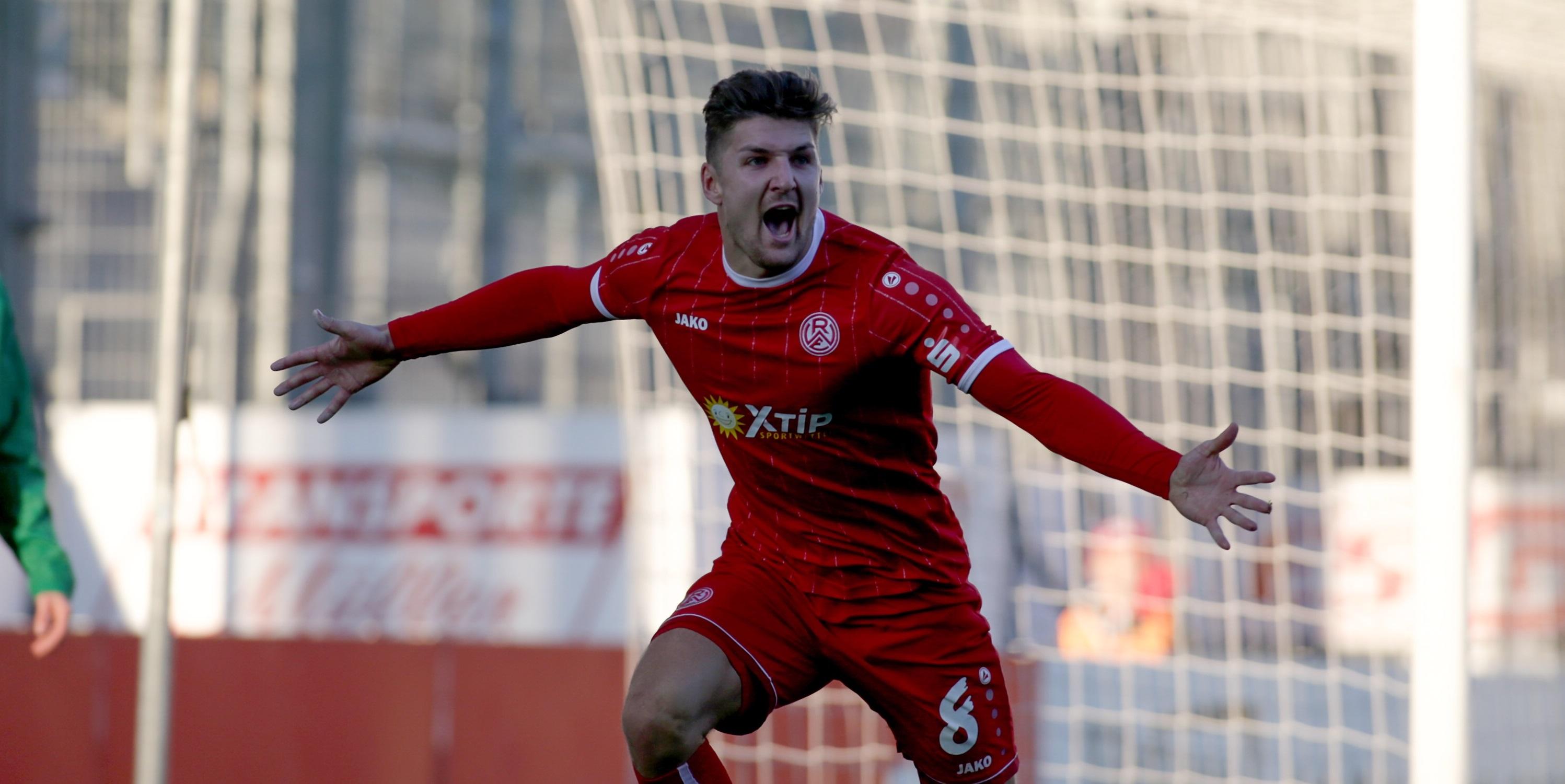 Zwei Tore zum Glück: Enzo Wirtz traf gegen Rödinghausen doppelt (Foto: Endberg).