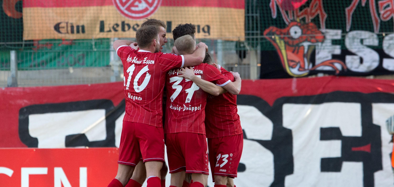 Mit 2:0 setzten sich die Rot-Weissen im ersten Heimspiel des Jahres durch. (Foto: Endberg)