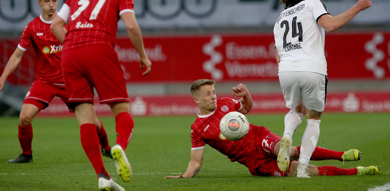 Mit einer 1:2-Niederlage endete die rot-weisse Partie gegen die SG Wattenscheid. (Foto: Endberg)