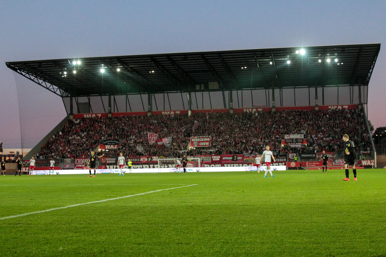 Am kommenden Freitag spielt RWE unter Flutlicht gegen den SV Lippstadt. (Foto:Endberg)