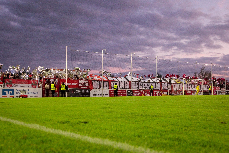 Auch in Verl wird RWE wieder von zahlreichen Fans begleitet werden. (Foto:Endberg)