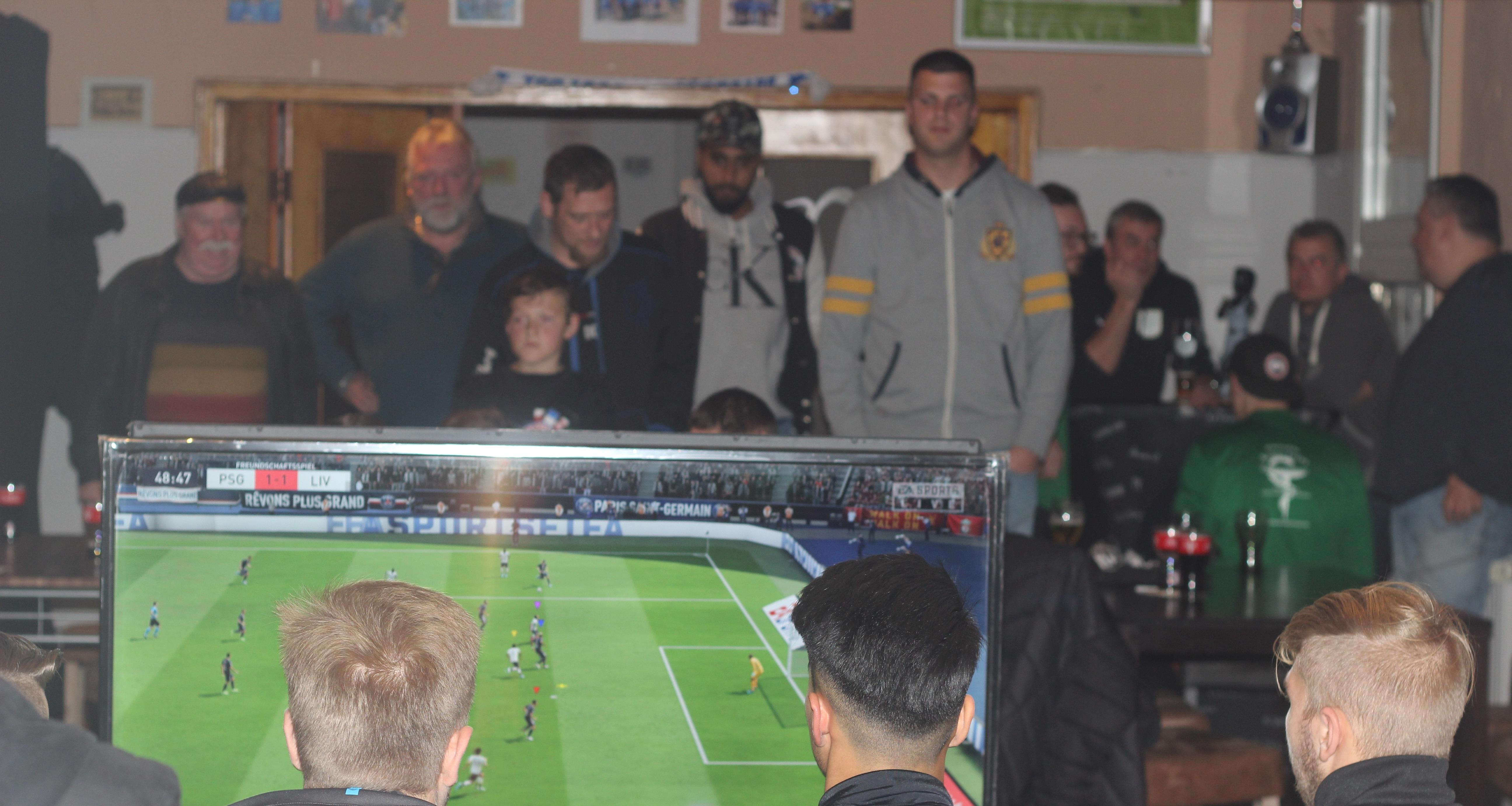Das erste von vier Qualifikationsturnieren für das Viertelfinale fand in der Vereinsgaststätte des TC Freisenbruch statt.