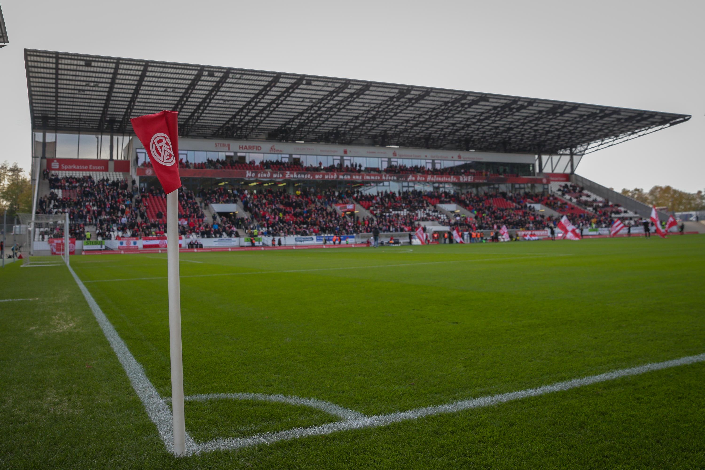 300 RWE-Fans haben sich bereits eine Rückrundendauerkarte gesichert. (Foto:Endberg)