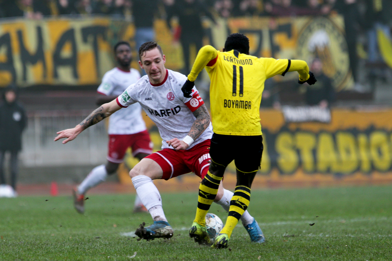 Kampf war Trumpf im Duell mit der Dortmunder U23. (Foto: Endberg)