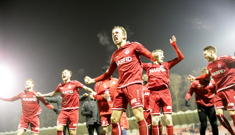 Mit einem Auswärtssieg starten die Rot-Weissen ins Jahr 2020. (Foto: Endberg)