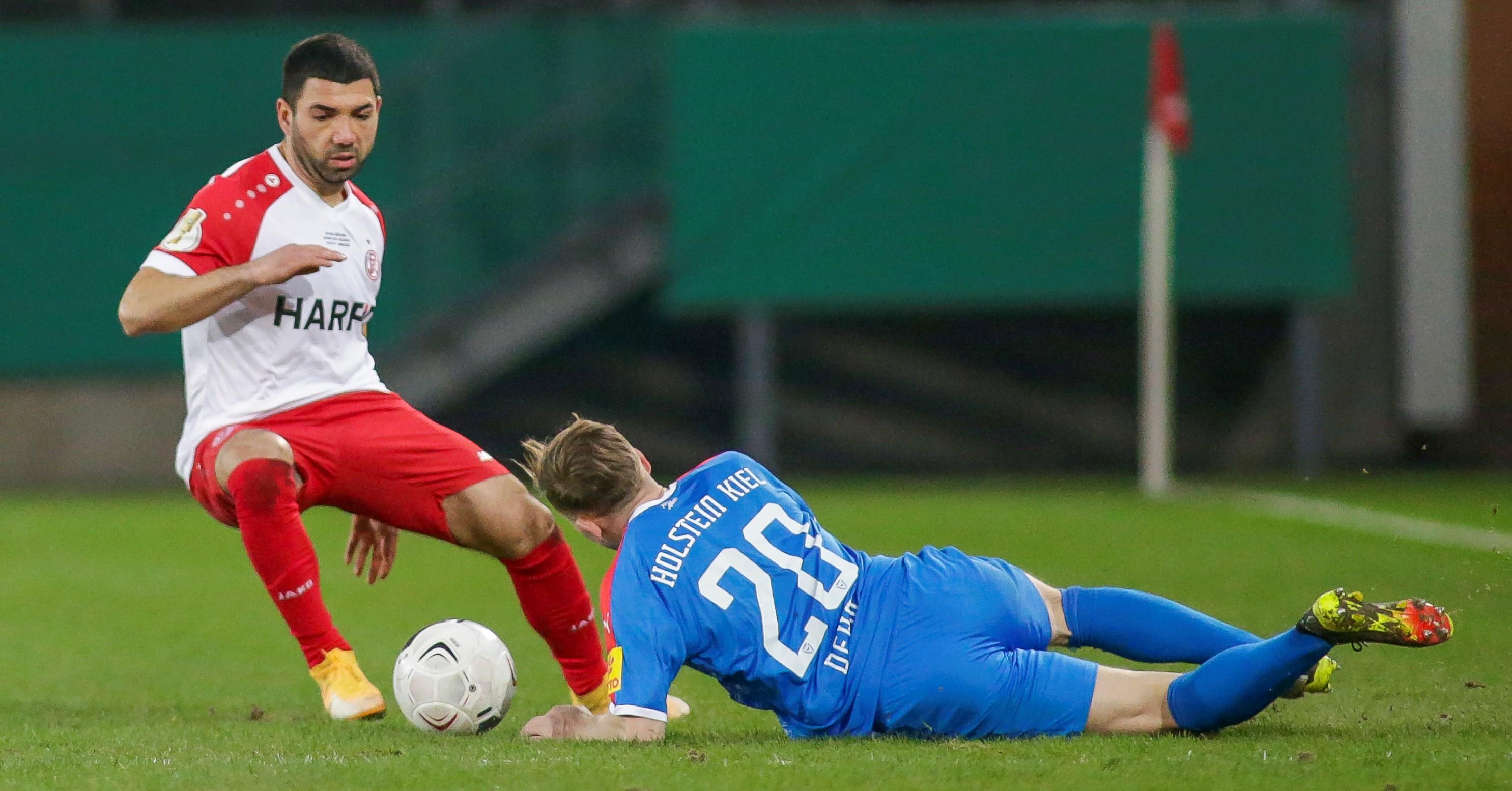 Mit seinen Treffern ebnete Oguzhan Kefkir erst den Weg ins DFB-Pokal Achtel-, dann später ins Viertelfinale. (Foto: Endberg)