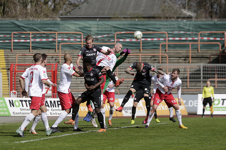 """Neidhart: """"Manchmal ist der Fußball grausam."""" (Foto: Endberg)"""