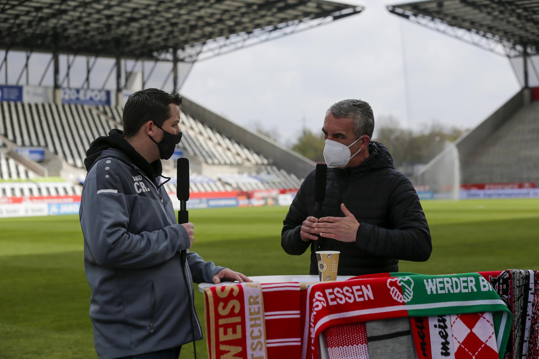 Exklusive Nachricht: Auf alle Zuschauer des RWE-Livestreams wartet zum Spiel gegen Bergisch Gladbach eine Überraschung. (Foto: Endberg)