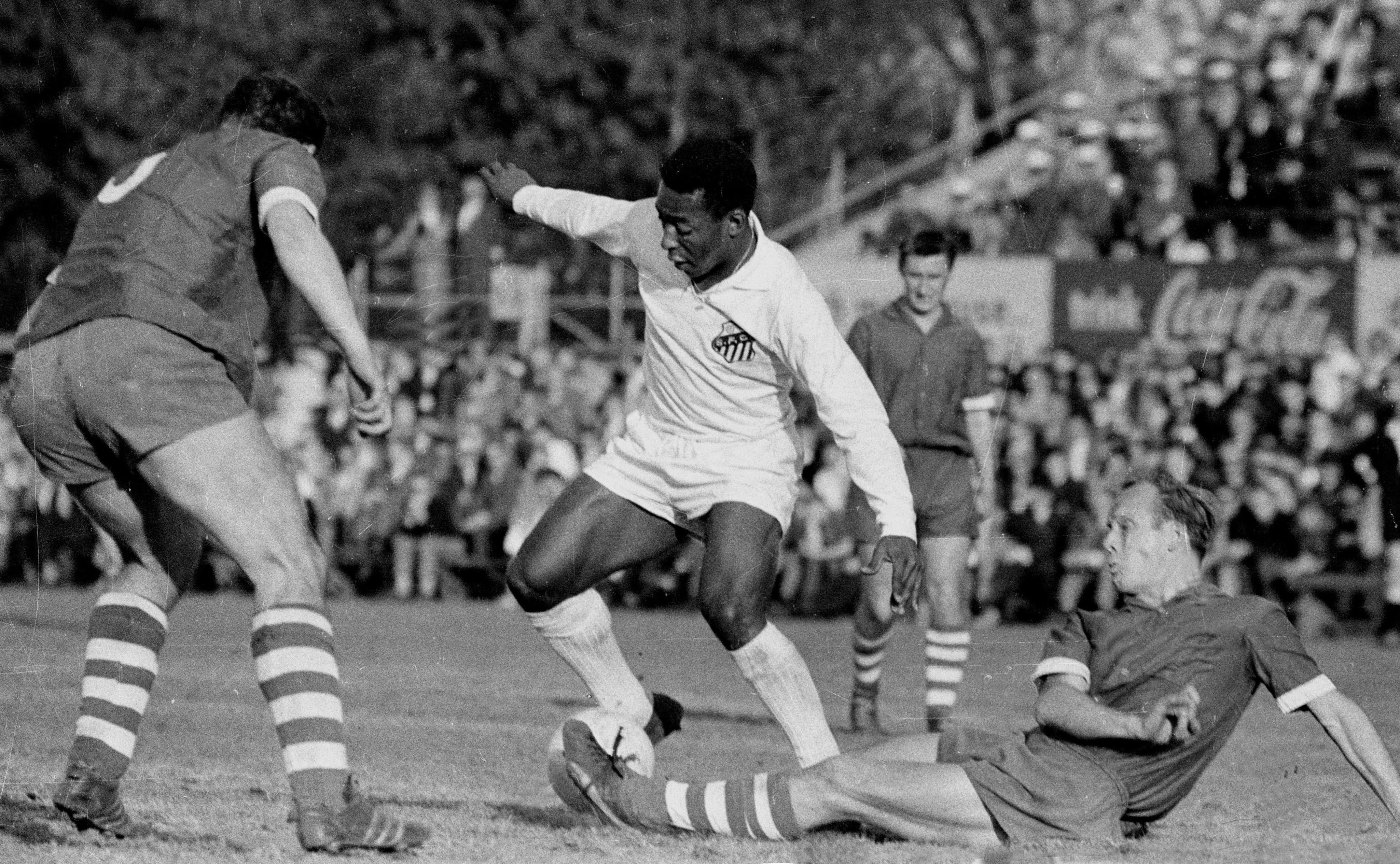 Weltfußballer, dreifacher Weltmeister, rot-weisses Ehrenmitglied und Geburtstagskind: Alles Gute zum 80. Ehrentag, Pelé!