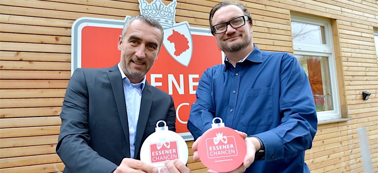 Haben sich ihre Kinderwünsche schon gesichert: die rot-weissen Vorstände Marcus Uhlig und Prof. Dr. Michael Welling. (Foto: EC)