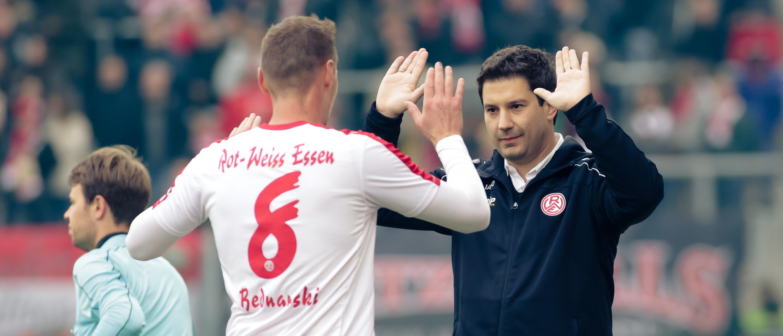 RWE-Cheftrainer Argirios Giannikis im Interview vor dem Heimspiel gegen die zweite Mannschaft von Fortuna Düsseldorf. (Foto: Endberg)