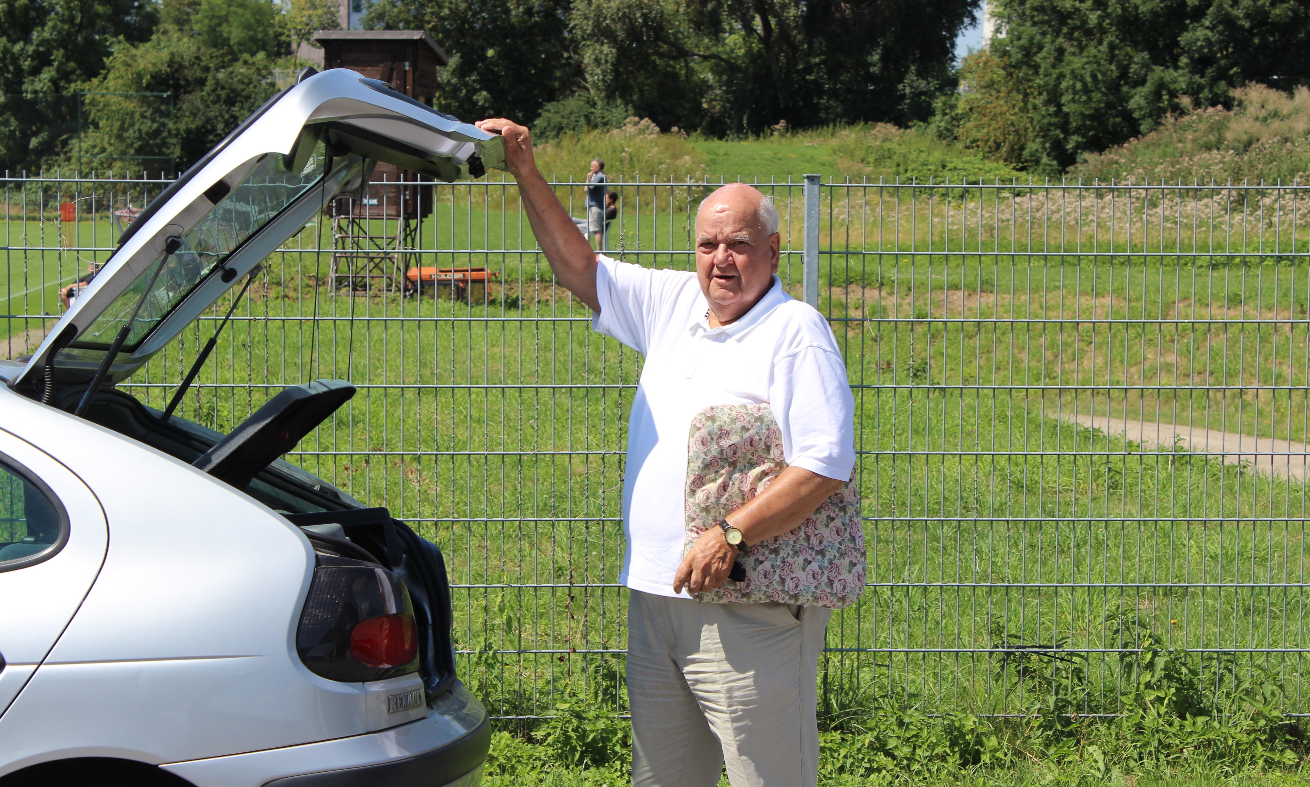 Jahrzehntelanger Betreuer von Rot-Weiss Essens Jugend und 1. Mannschaft und seit 70 Jahren RWE-Mitglied: Günter Barchfeld