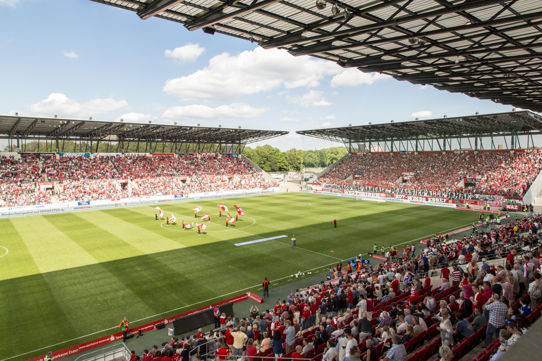 Ab Mittwoch, den 13. Juni ist die rot-weisse Dauerkarte für die kommende Spielzeit erhältlich.