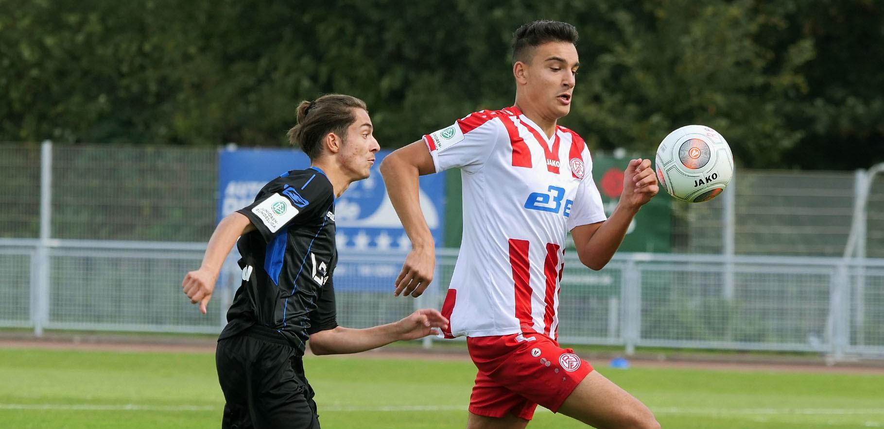 Aus Paderborn kehrte die rot-weisse U17 mit drei Punkten zurück. (Foto: Gohl)