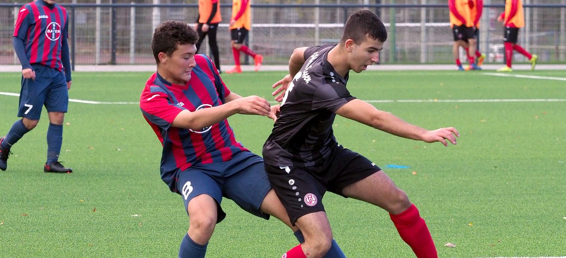 Am Sonntag geht es für die rot-weisse U17 gegen das Tabellenschlusslicht aus Krefeld um 3 Punkte.