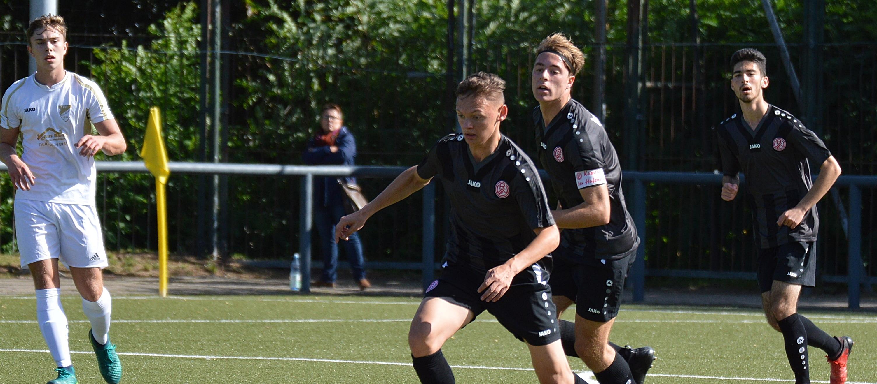Die rot-weisse U19 trifft am Sonntag auf den 1. FC Mönchengladbach, momentanen Tabellendritten der A-Junioren-Niederrheinliga. (Foto: Skuppin)