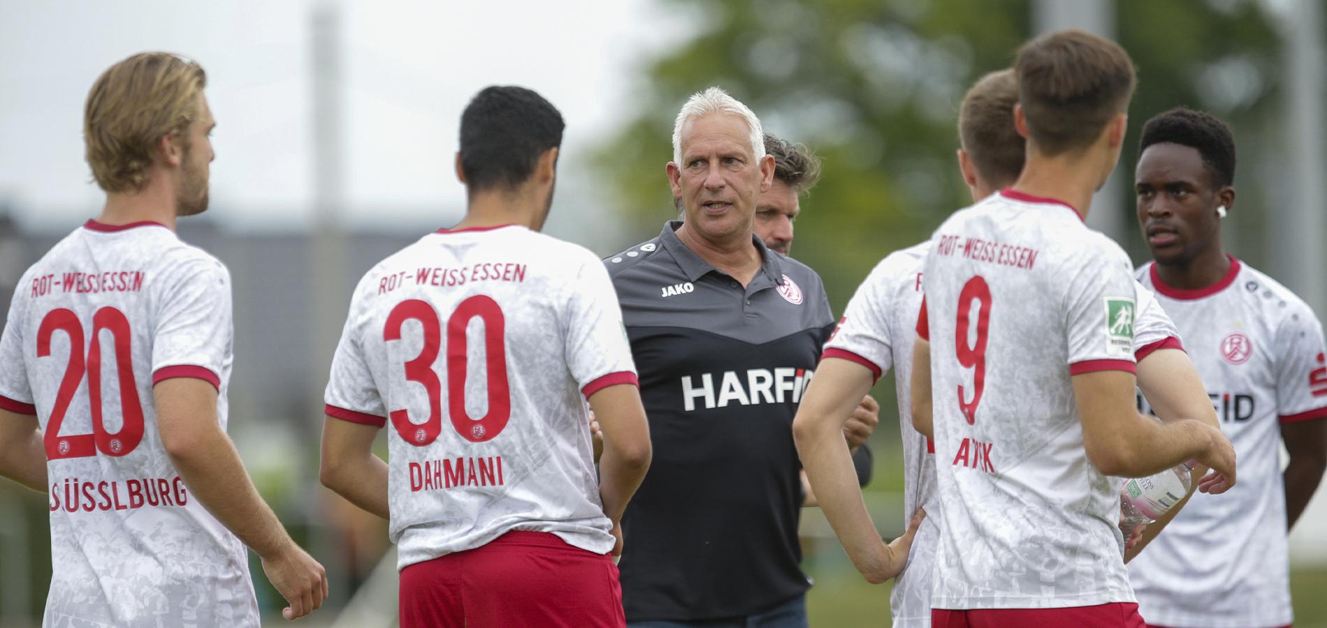 Im Testspiel mit den Sportfreunden Baumberg konnte RWE sich am Donnerstagabend durchsetzen. (Archivfoto: Endberg)