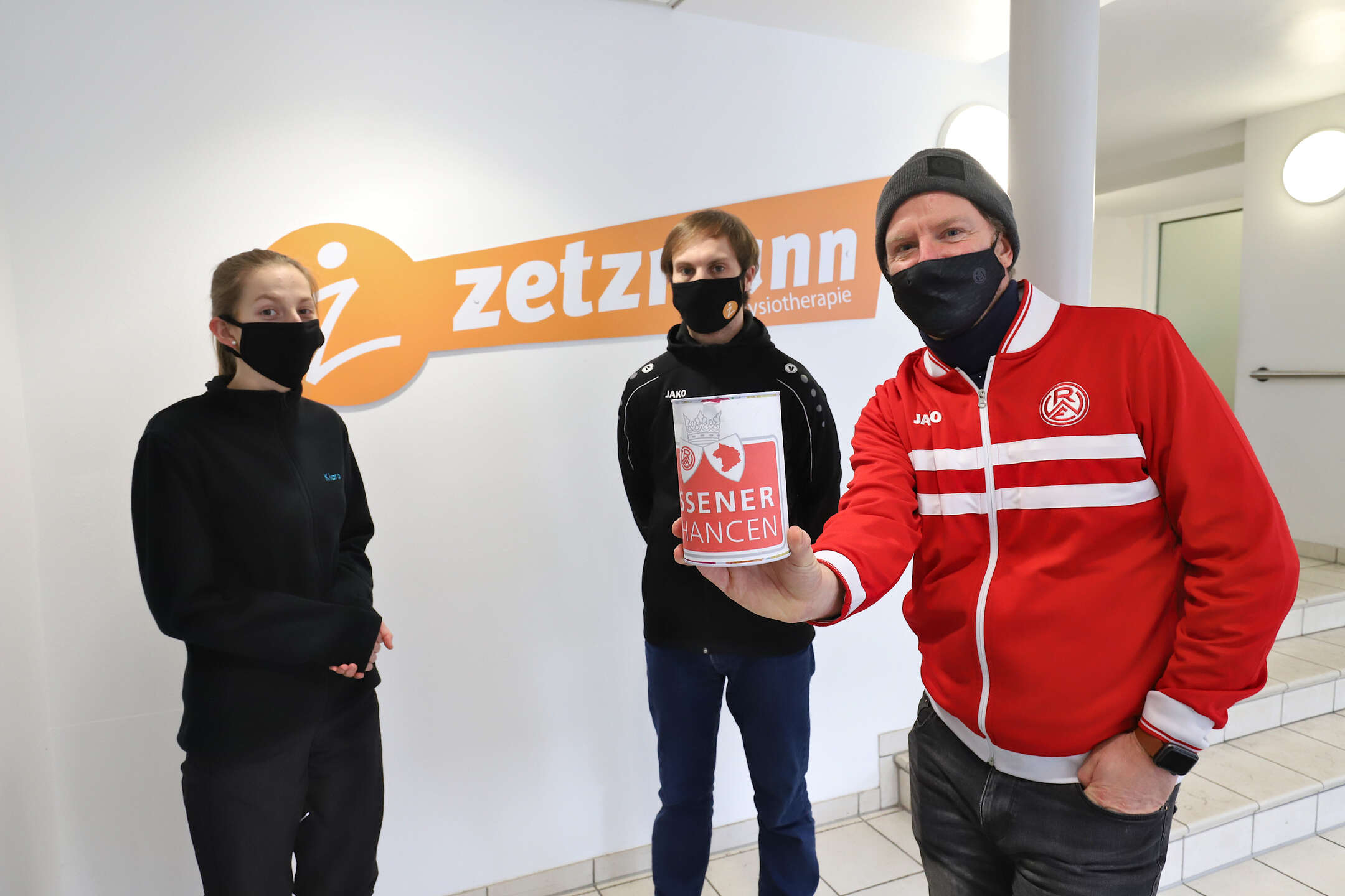 Verlässlicher Partner seit zwei Dekaden: RWE-Partner Physiotherapie Zetzmann spendet für die Essener Chancen.