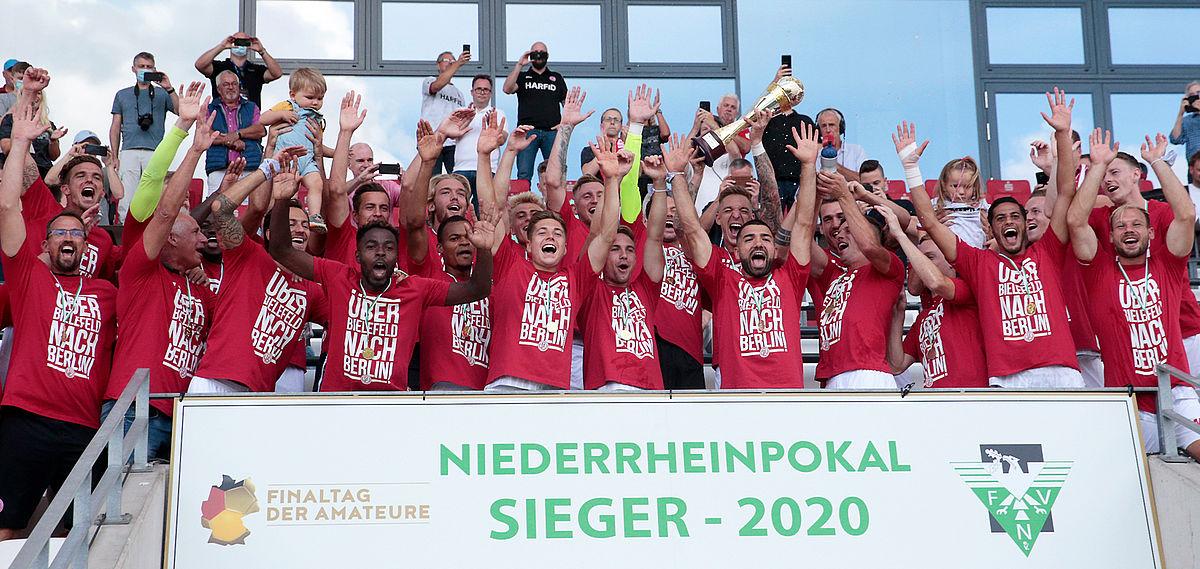 Grund zur Freude: Noch vor Ligastart feierte RWE den Gewinn im Niederrheinpokal und so auch den Einzug in den DFB-Pokal. (Foto: RWE)