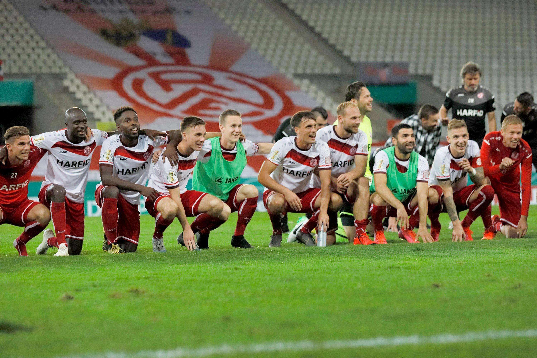 Grund zur Freude bei RWE: Spätestens mit dem Sieg über Arminia Bielefeld in der ersten Runde des DFB-Pokals war der Saisonauftakt geglückt! (Foto: Endberg)