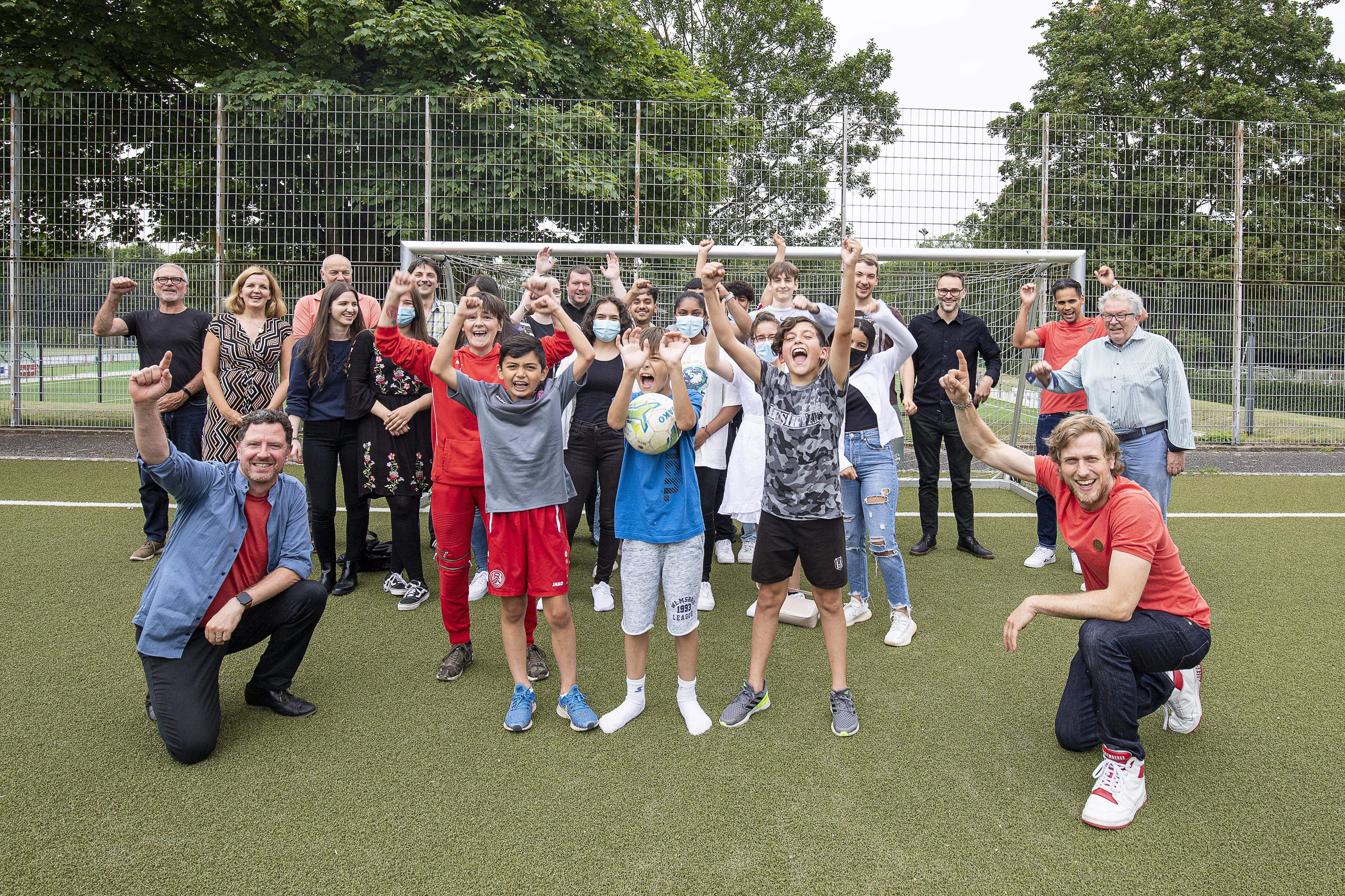 Draußen, geimpft und getestet: Endlich Sommerpause für Lernort-Team sowie Kinder und Jugendliche (Foto: Peil/Essener Chancen).