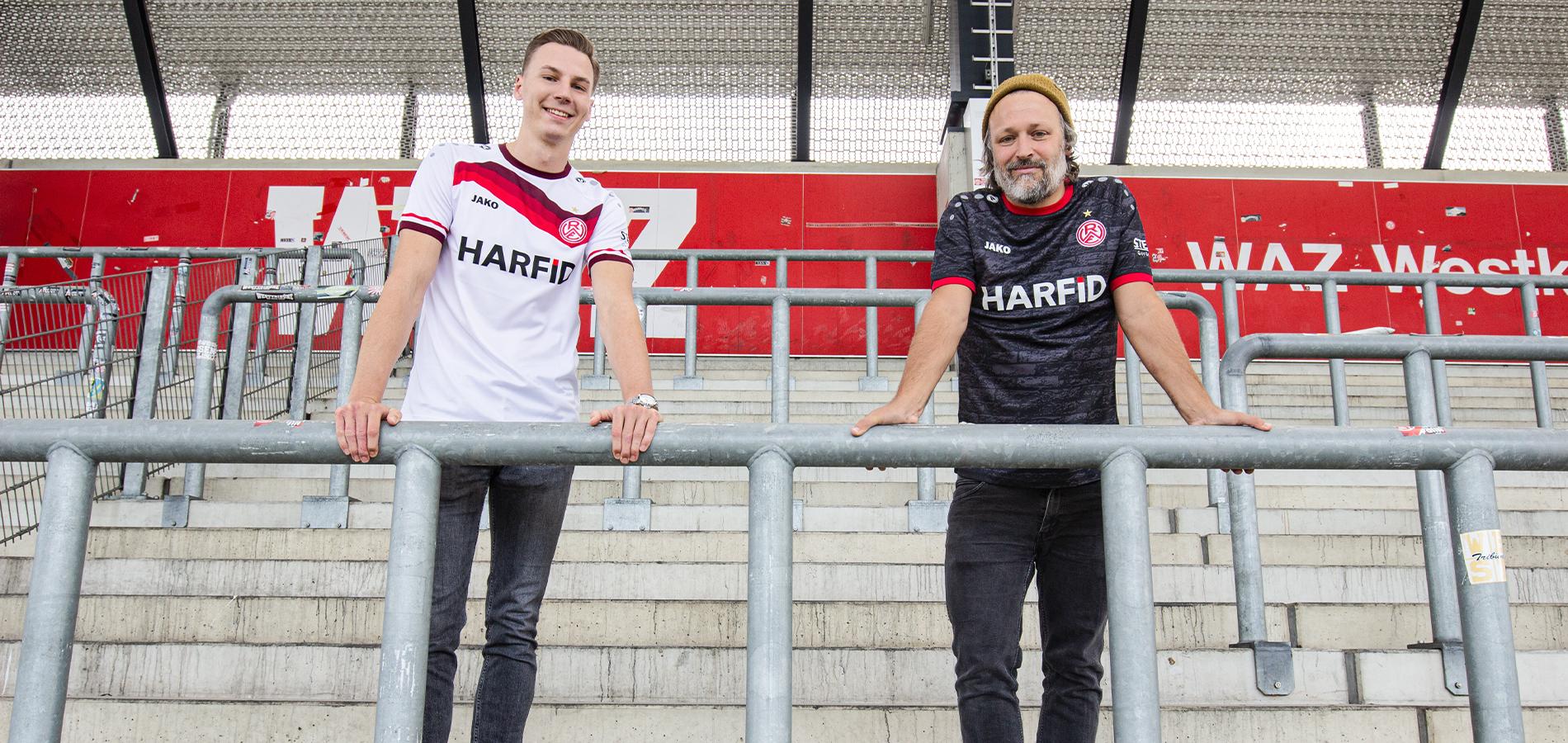BU: Tristan Gigoleit (l.) und Holger Sievering von der Essener Agentur ALTOBELLI (r.) haben die Saisontrikots der Saison 2020/2021 designed.