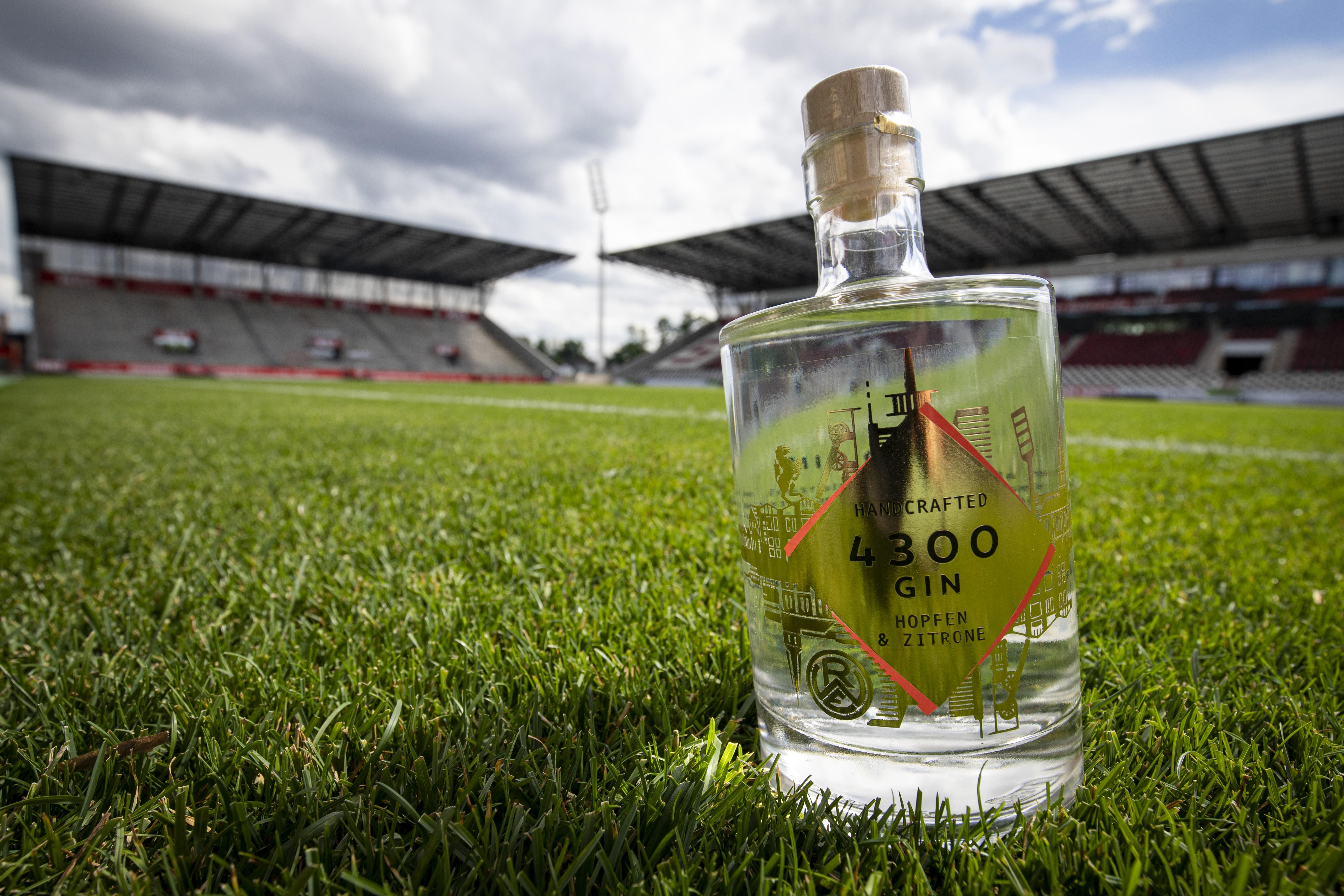 """Echter Essener Tropfen: Der """"4300""""-Gin. (Foto: RWE)"""
