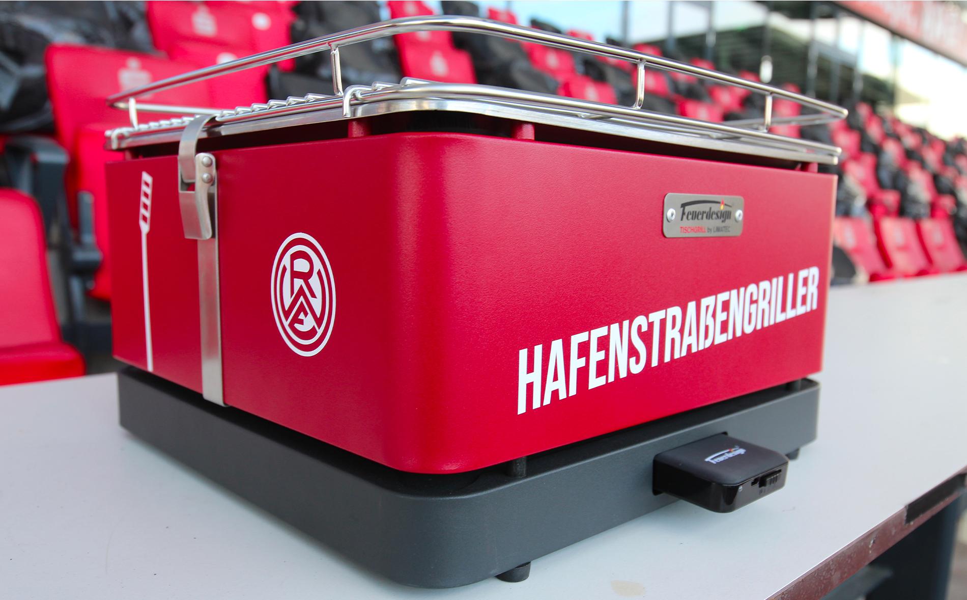 """Der schicke """"Hafenstraßengriller"""" von RWE und FEUERDESIGN ist ab sofort erhältlich."""