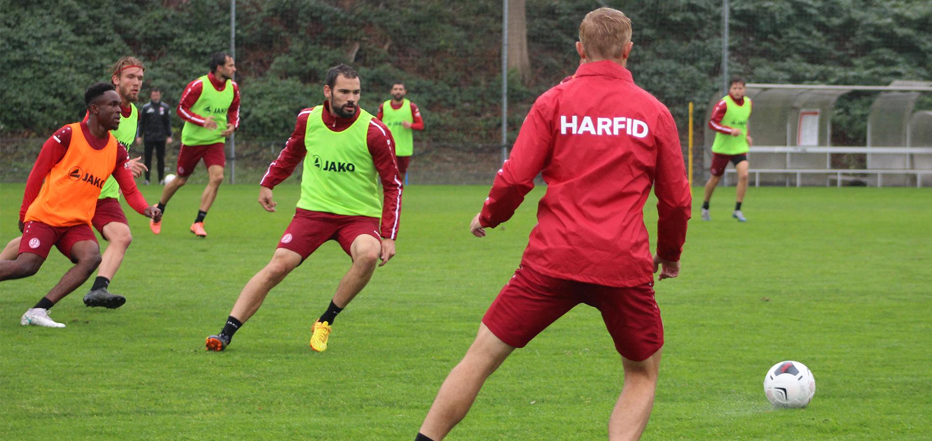 Auf Hochtouren bereitet sich RWE auf das anstehende Duell mit Fortuna Düsseldorfs U23 vor.