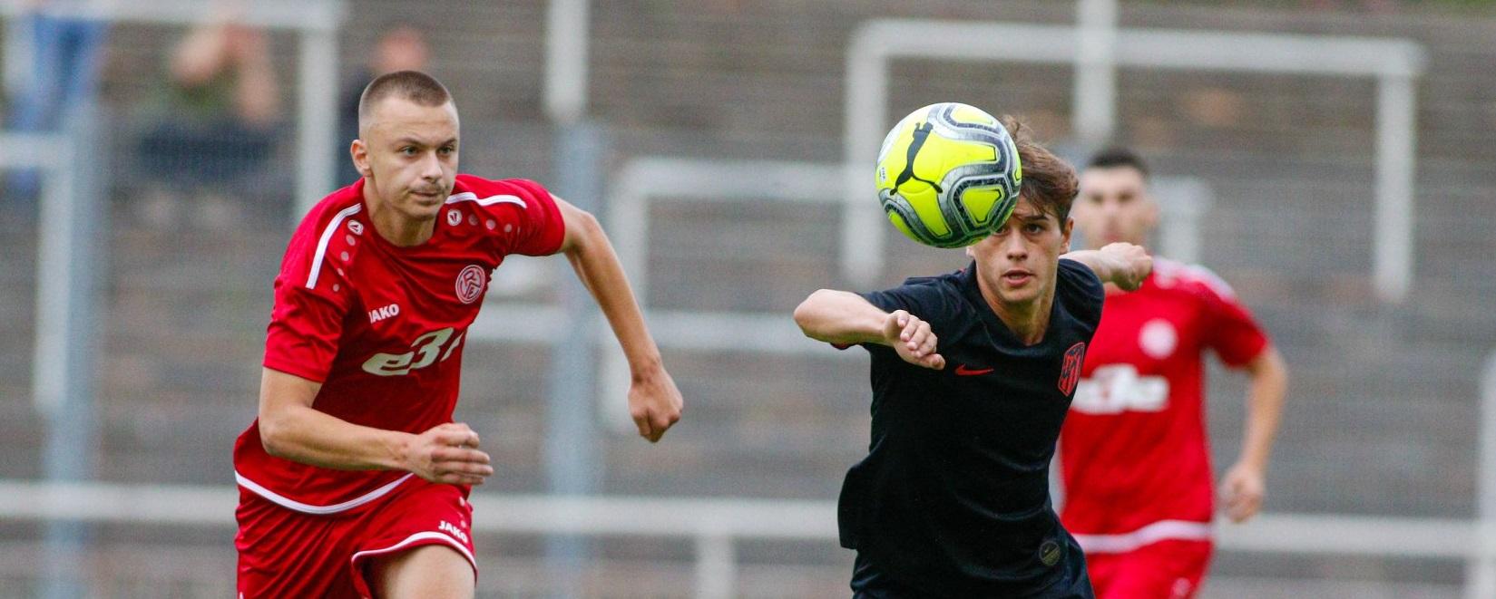 Mit 2:0 besiegte die rot-weisse U19 den VfB Homberg. (Foto: Breilmannswiese)
