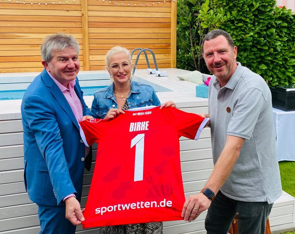 Stadiongeschichten vom Homberg-Spiel – Rot-Weiss Essen
