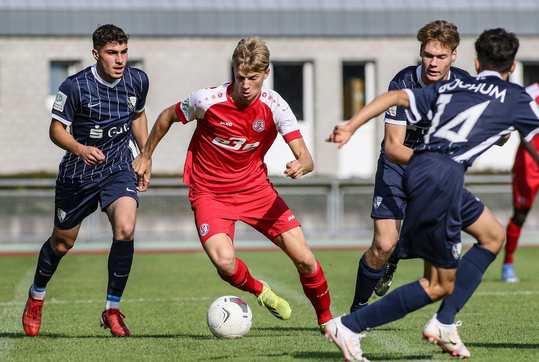 Seumannstraße: Die RWE-U19 trifft auf den BVB